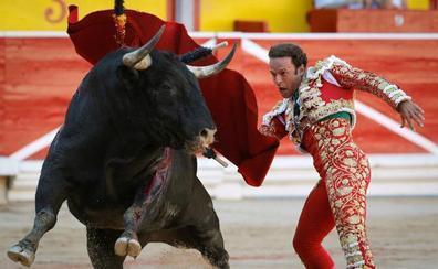 Antonio Ferrera sustituye a Roca Rey en el último festejo de Santander