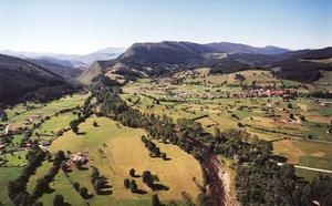 Exhuberantes bosques y paisajes de montaña por la comarca del Saja Nansa