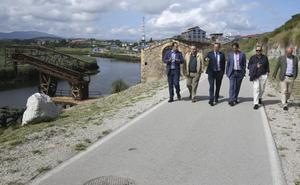 El Ejecutivo busca alternativas al paso de camiones de Vuelta Ostrera por Cortiguera