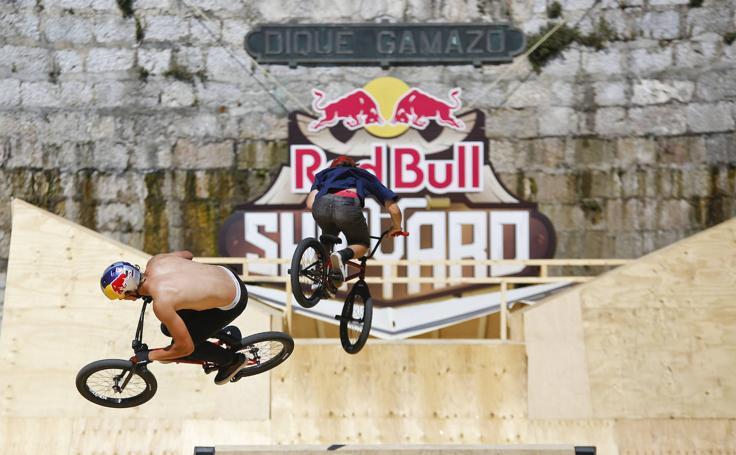Las bicis vuelan ya sobre el Dique de Gamazo