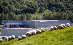 La cántabra Cantra inaugura su centro logístico en Ramales