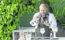 Óscar Solana: «El gin-tonic se disfruta más por la tarde»