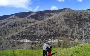 El Gobierno activa el nivel 2 del operativo de incendios forestales en el sur de Cantabria