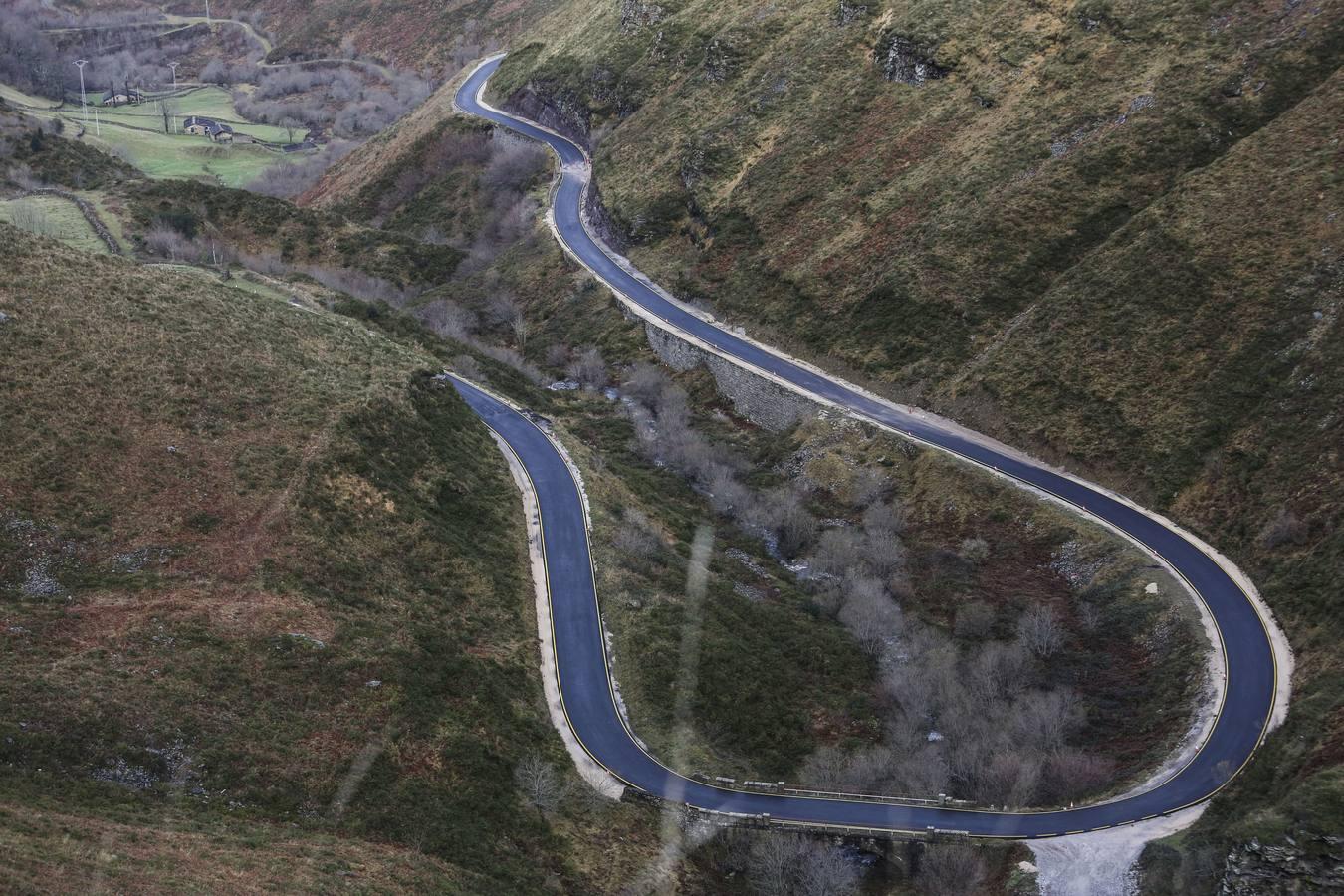 La carretera entre Vega de Pas y el puerto Estacas de Trueba se corta el lunes por obras
