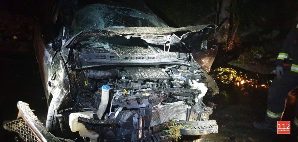 Muere un hombre de 84 años al volcar su coche en Bollacín