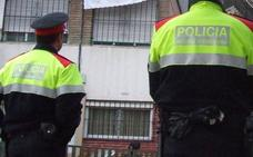 Un hombre mata a su mujer en Barcelona y se entrega a la policía