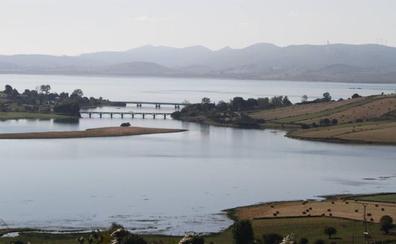 Medio Ambiente concederá en breve a Cantabria la autorización para captar los 26 hm3 del Ebro