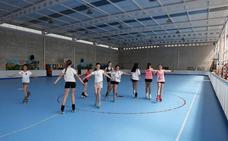 Unos 120 deportistas asistirán en Torrelavega a un campus alta competición de hockey