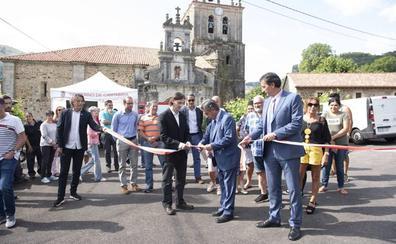 El Gobierno cántabro invierte un millón de euros en mejorar carretera de acceso a La Cárcoba