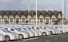 Los fabricantes de vehículos vuelven a situar al Puerto de Santander como el mejor del país