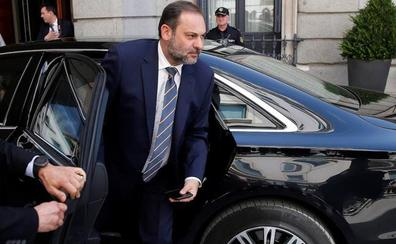 Podemos da al PSOE munición contra el Gobierno de coalición al denunciar a Ábalos