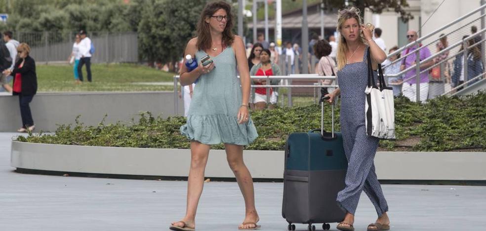 «Se abren demasiados alojamientos turísticos», advierte Hostelería