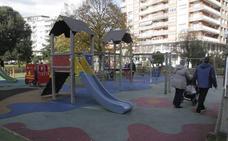 Laredo rehabilitará las áreas de juego de los parques infantiles del casco urbano