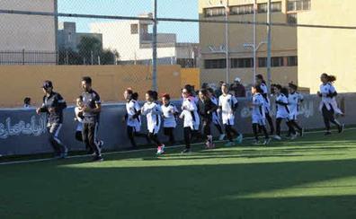 Las niñas eligen ser futbolistas