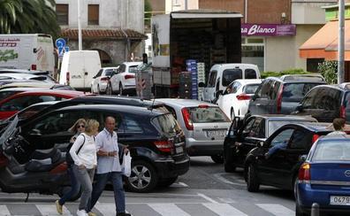 Cortes en algunas calles de Torrelavega y ampliación del horario de autobuses por las fiestas
