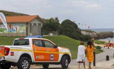 Medio centenar de afectados por una reacción alérgica en dos playas de Santander y Bezana