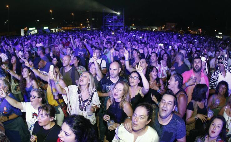 Torrelavega vibra con la música de los 90
