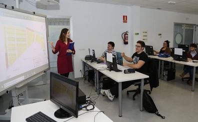 Solo el 15% de los jóvenes menores de 25 años tiene empleo en Cantabria