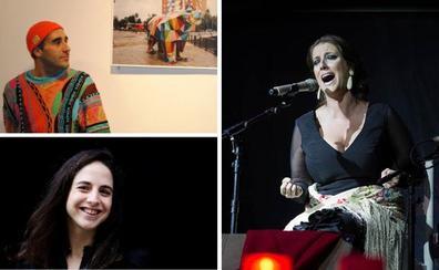 Okuda San Miguel, la escritora Cristina Morales y la cantaora Argentina, esta semana en la UIMP