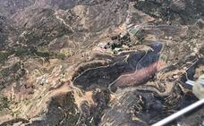 Las rachas de viento no permiten controlar el incendio en Gran Canaria que ha arrasado 1.500 hectáreas
