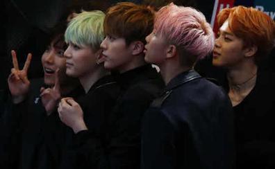 La exitosa banda BTS anuncia su retirada de los escenarios