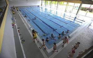 Cabezón cierra su piscina tras detectarse graves deficiencias en una viga maestra