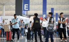El aeropuerto de Hong Kong, abierto por orden judicial