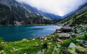 El lago de tus sueños existe y está en los Pirineos