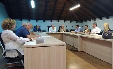 Santillana celebra su primer pleno con el nuevo equipo de gobierno tripartito