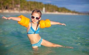 Cómo cuidar el pelo de tus hijos en verano