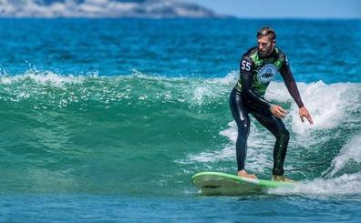 La cita con el surf en Cantabria del argentino Matías Roure