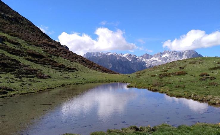 Imágenes de la ruta por el pozo Llau, los altos de Salvorón y el bosque de Mancobu