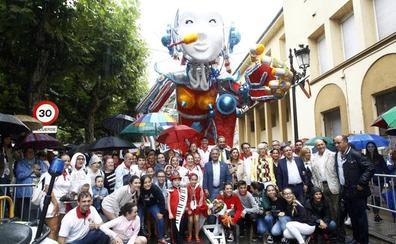 La carroza 'F2 Cíber', de Francis 2, gana la primera Gala Floral sin desfile por la lluvia