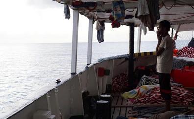El Open Arms rechaza la oferta de Sánchez para desembarcar en España