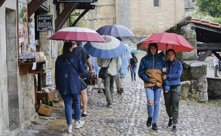 Un día lluvioso en Santillana