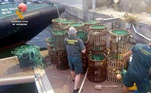 La Cofradía de Pescadores de Comillas sale en defensa del joven pescador de San Vicente denunciado por la Guardia Civil