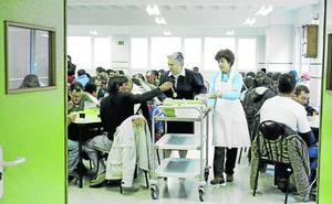 La Consejería garantiza que los ajustes «nunca afectarían» a las ayudas de la Renta Social Básica
