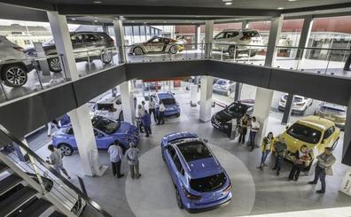 Los concesionarios cántabros bajan el precio de los coches ante otra restricción a las emisiones