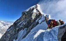 Nepal apuntala el negocio del Everest