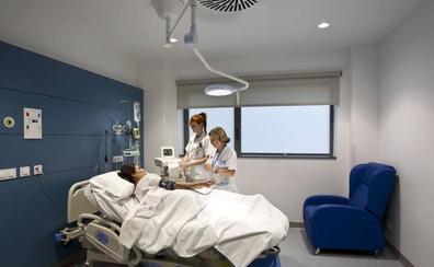 El Servicio Cántabro de Salud creará la subdirección de Cuidados para mejorar la asistencia en los hospitales