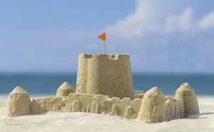 La playa de Brazomar, en Castro, será escenario de un concurso de castillos de arena