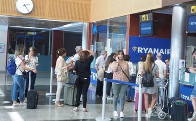 Los tripulantes de cabina de Ryanair confirman diez días de huelga en septiembre