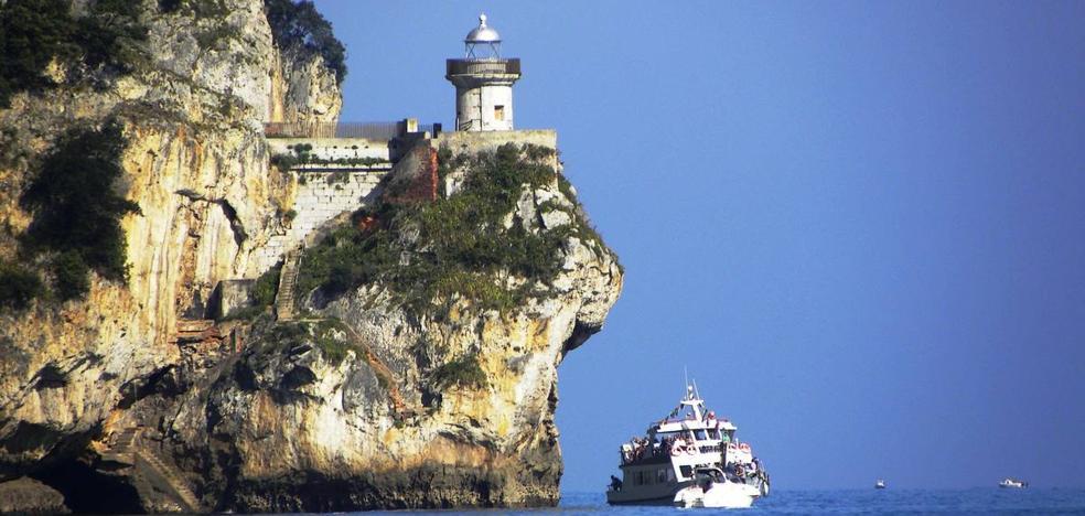 El Gobierno no tiene prevista ninguna «acción inmediata» ante los saltos en el Faro del Caballo