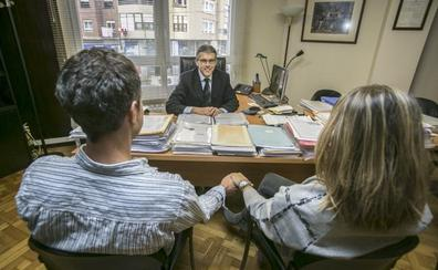 Más de 200 parejas cántabras se han casado ante notario desde 2015