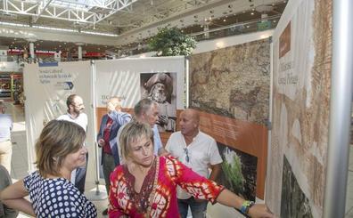 La Vía de Agripa y el patrimonio cultural de Camargo reunidos en una exposición