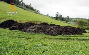 La Guardia Civil investiga a un ganadero de Entrambasaguas por el vertido de abono al río Aguanaz