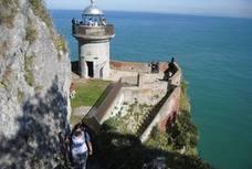 El Gobierno de Cantabria estudia cobrar los rescates por las zambullidas en sitios prohibidos
