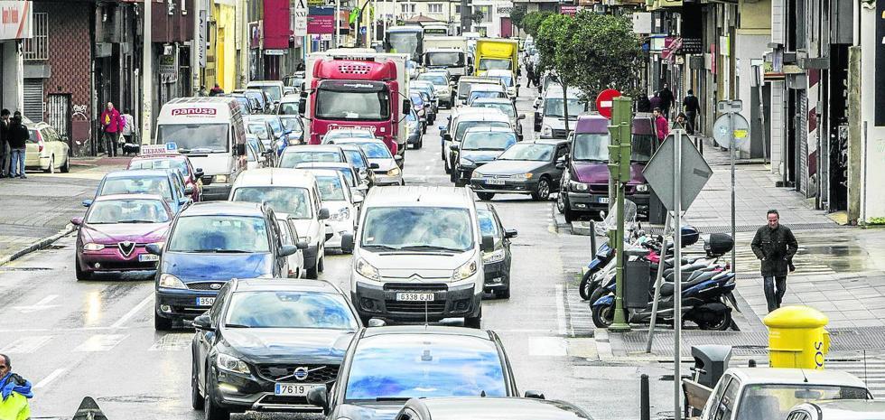 Los conductores en Santander invirtieron un 17% de tiempo extra en atascos en cada viaje