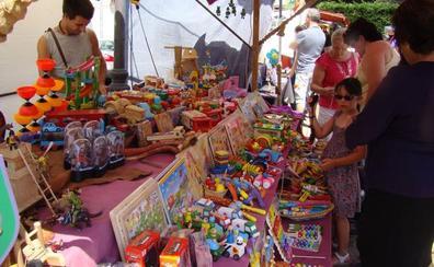 Suances acoge el domingo una nueva edición del Mercadillo de segunda mano y artesanía