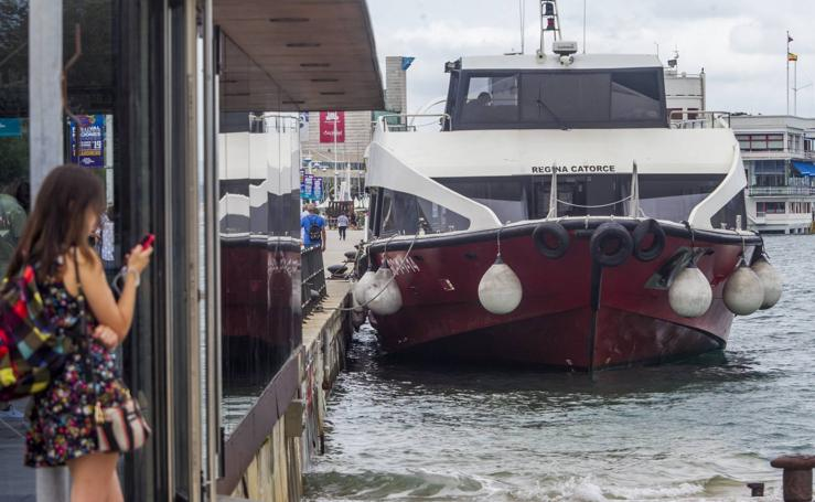 El 'juego' de las mareas deja espectaculares paisajes en Santander